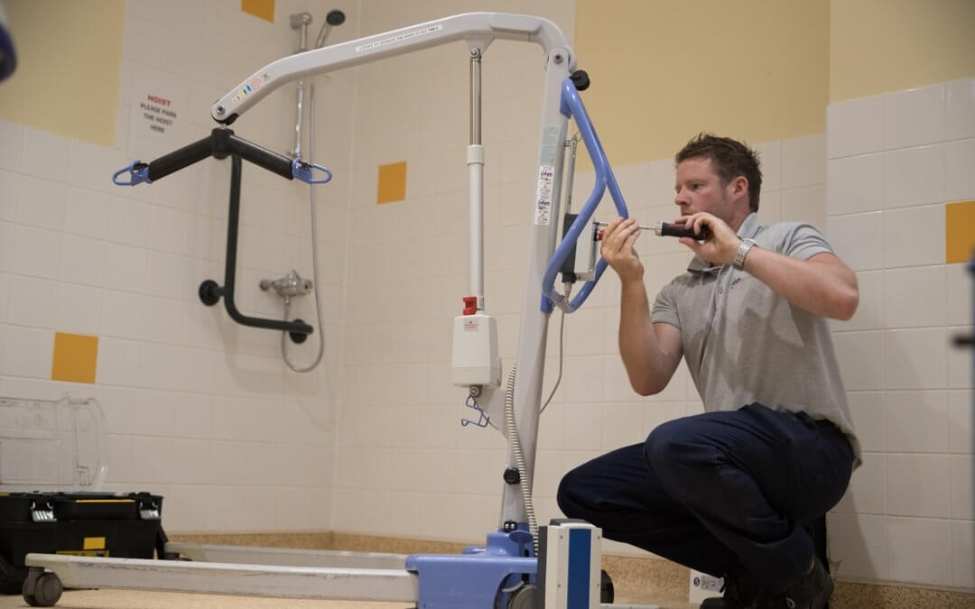 A Quick Guide to the LOLER 1998 Regulation – Patient Handling Equipment
